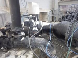 電線管撤去